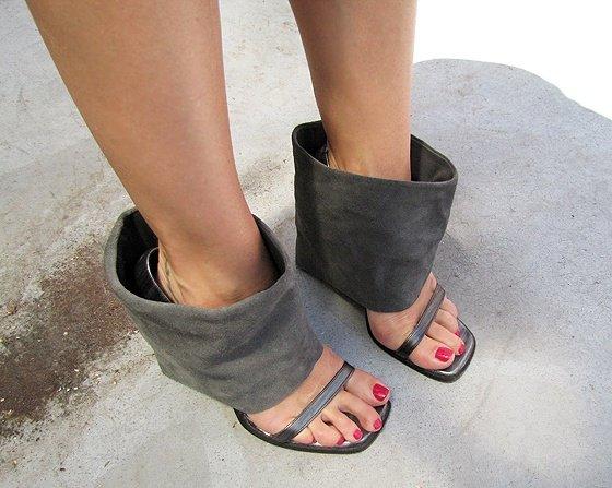 shoe-hack-boots-gucci-heels-rachel-bilson-flip