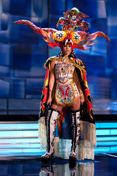 Trajes Típicos de Miss Universo 2009 6229cb6ef9ee