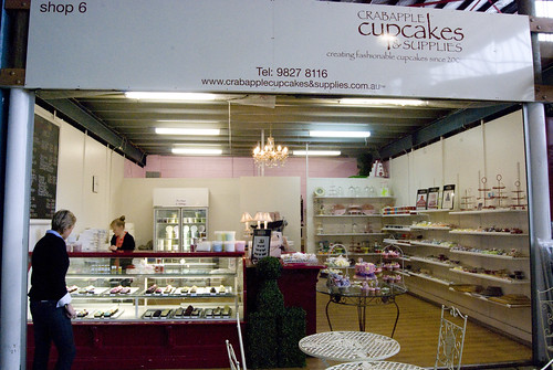 crabapple cupcakes shop front