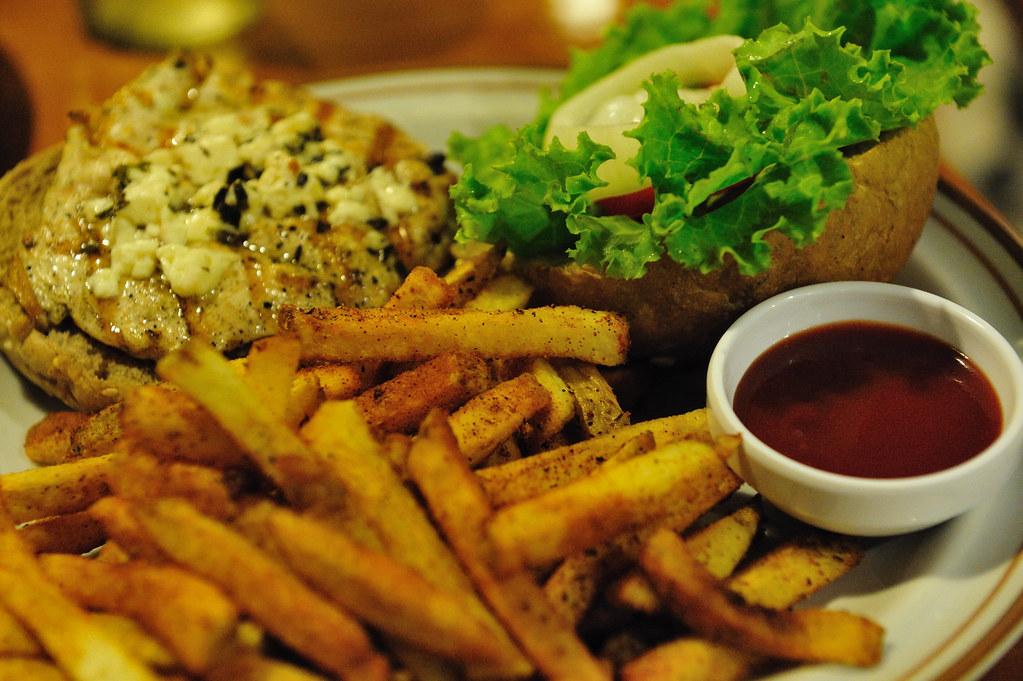 汁多味美的希臘漢堡