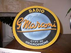 Sigle du gramophone Marconi (Geher) Tags: france radio de son musée sound museums orgues yonne enregistrement barbarie cylindres tournedisques stfargeau limonaires magnétophones