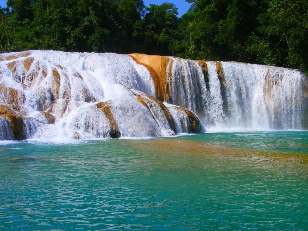 Resultado de imagen para Cascadas de Agua Azul