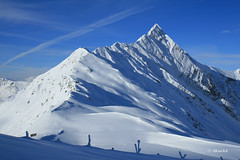 Hintertuxer Gletscher - View from Tuxer Joch (dali@flickr) Tags: snow ski alps skiing bluesky glacier alpen gletscher austrian glacial mountans  hintertuxer