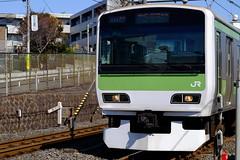 DSCF0163 (HAMACHI!) Tags: winter japan train tokyo spring bokeh rail railway jr yamanoteline 2014 jreast 56mm komagome xt1 fujinonlens yamateline fufjilm xf56mmf12r fujifilmxt1 continuousshootingspeedtest