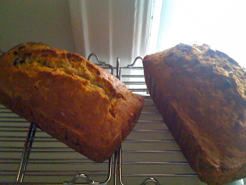 banana bread - now with blueberries