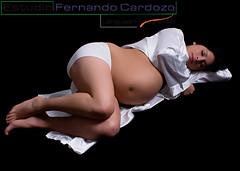 Terminando la Espera (Fernando Cardozo Fotografias) Tags: family baby love argentina familia pareja sony estudio pregnant bebe alpha 700 mardelplata magallanes embarazada