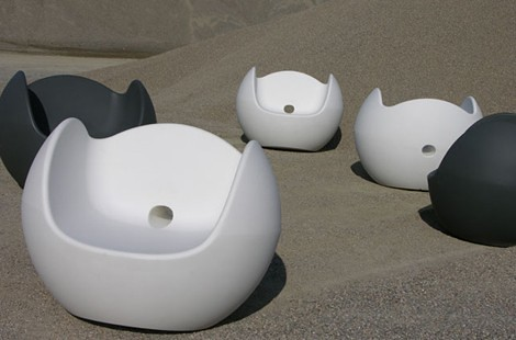 Modern Outdoor Furniture Made from Plastic