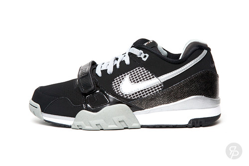 "Nike Air Trainer 2 LE ""Tecmo-Bo"""
