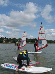 beginner windsurfing lessons with Poole Windsurfing