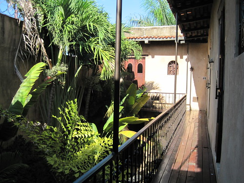 El Beatrio Courtyard and Rooms