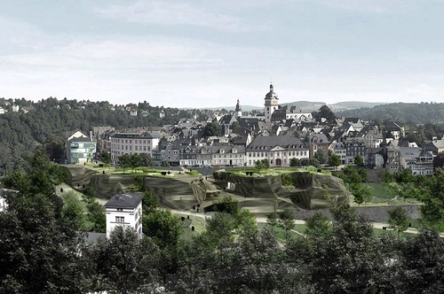 Weilburg, with development on the slope below the town (by: ACME)
