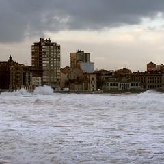 de tempestades (fertraban) Tags: mar gijn asturias asturies xixn cantbrico tempestad ltytr1