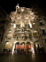 GAUDI - CASA BATLLO - BARCELONA (photojordi) Tags: barcelona night casa shot sigma gaudi nocturna 1224 batllo photojordi photomaniacos