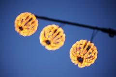 Les trois boules (Pkabz) Tags: blue blur yellow lights bokeh outoffocus christmaslights spheres rennes boules flou