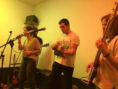 Nogen akustikoa (18)