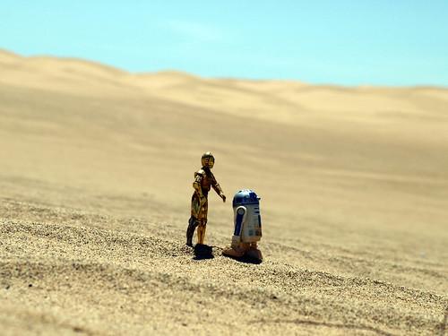 c3p0 and r2 desert 1