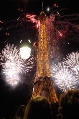 France Independence Day (daniel  ixphoto) Tags: madrid travel woman paris france girl smile face 50mm spain nikon europe bokeh d2x 50mm14 salamanca nikond2x