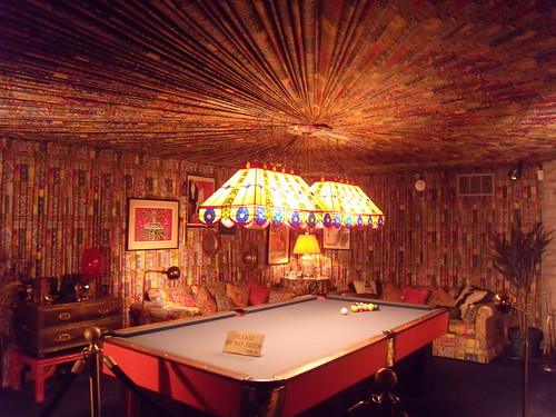 Billard Room  - Cloth walls and ceilings
