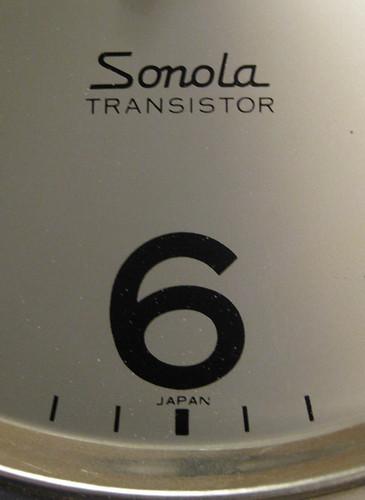 Flickriver: Photoset 'Seiko Sonola Time-Dater transistor clock with