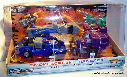 Smokescreen Battle in a Box Universe Transformers 001