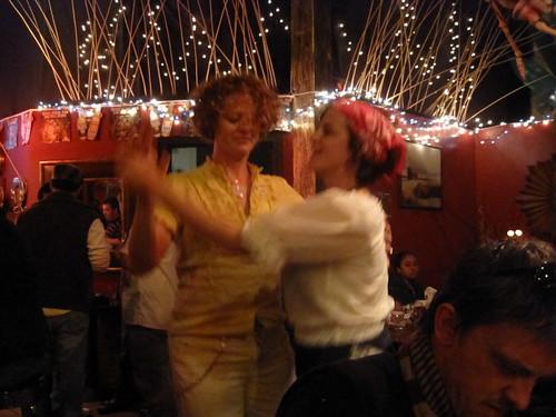 Baila dance baila.