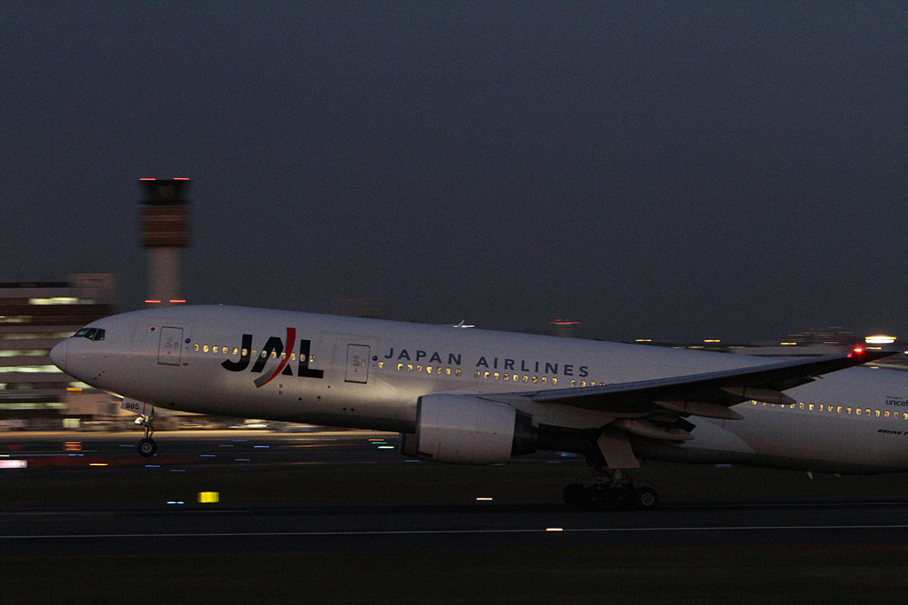 EOS 7D Test shot Again @RJOO (11) JAL's B777-200