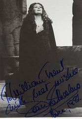 "Sutherland  - Leonora (painting in light) Tags: garden opera voice australia covent autograph dame sutherland oper soprano vocal trovatore leonora belcanto 오페라 sutherland"" オペラ 歌剧 joansutherland ""joan όπερα أوبرا джоансазерленд ジョーンサザーランド אָפּערע אָפּערעόπερα"