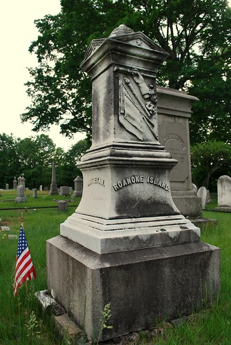 Gravestone of Lt. Marvin Wait