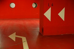 (nobodinoz) Tags: red paris rouge garage parking nobody ladefense arrows 5d carpark ff l4 nocars ronds flches