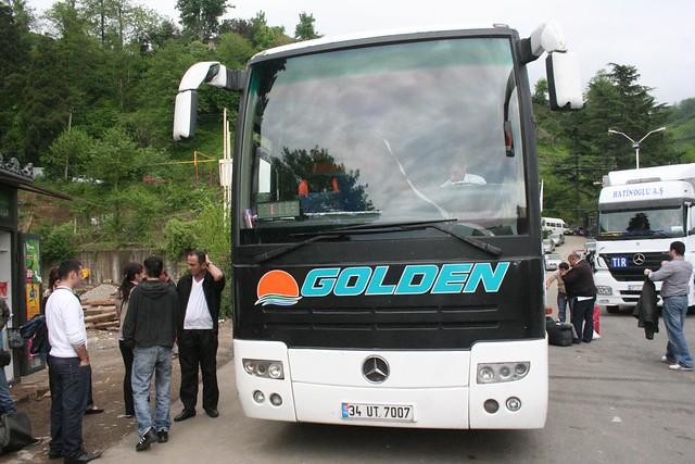 Autocarro até Tbilisi na fronteira da Geórgia e Turquia