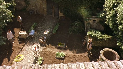 myhouseinumbria_layingoutgarden