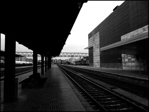 Away, far away (Estacion trenes Salamanca)