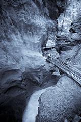 GoRNeRSCHLuCHT (Toni_V) Tags: nature schweiz switzerland suisse hiking zermatt wallis 2009 valais lightroom randonnée d300 sigma1020mm 090810 toniv gornerschlucht gornera