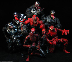 Symbiosis (toyrewind) Tags: spiderman actionfigures carnage marvellegends marvelcomics hasbro venom toxin toybiz toyrewind