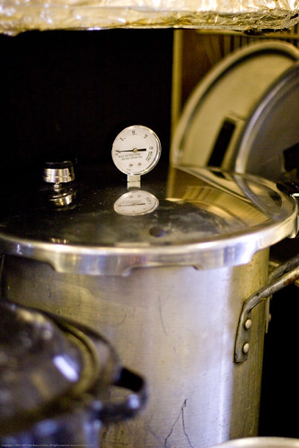 Canvolution: pressure canner