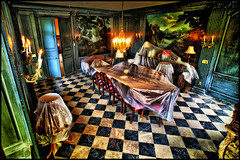 haunted griggs mansion - summit avenue, st. paul, mn (Dan Anderson.) Tags: minnesota ghost stpaul spirits spooky diningroom twincities paranormal mn hauntedhouse summitavenue ghosthunters ghostadventures griggsmansion