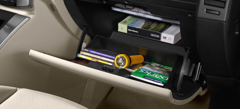 glove compartment MAZDA5