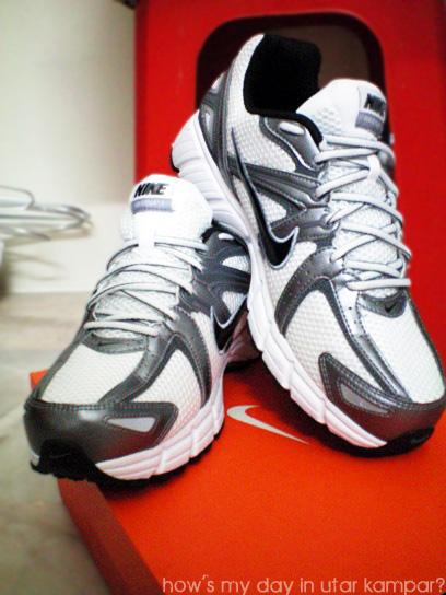 Nike Air Citius  Women S Running Shoe