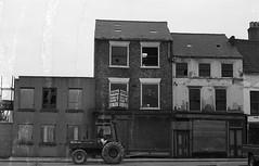 Near The Cultural Quarter of Stockton (deargdoom57) Tags: 1982 stockton stocktonontees