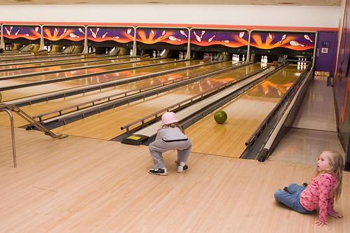 Lando Bowling via Squat and Shove