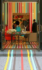 colorful entrance (Juan Valentin, Images) Tags: newyorkcity fashion colorful sale moda stores vetrina tiendas escaparates windowdisplays vitrinas