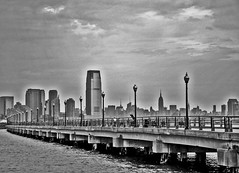 Liberty Walk (Wils 888) Tags: park nyc usa ny skyline landscape newjersey nikon jerseycity manhattan nj boardwalk libertystatepark d90 libertywalk nikond90