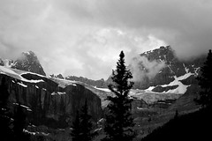 Angry weather (geofiz) Tags: glacier icefields athabasca icefield
