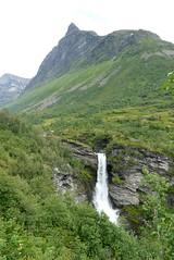 #0385 Storseterfossen (Geiranger) (Fjordblick) Tags: mountain berg norway norge waterfall wasserfall skandinavien norwegen noruega norvegia geiranger norsk geirangerfjord norvge mreogromsdal skandinavia storseterfossen