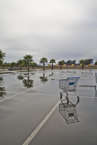 Estacionamiento de supermercado