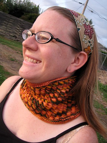 Squeee a fall cowl