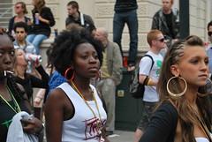 DSC_0220 (Ibrahim D Photography) Tags: girls woman black beautiful earings nikon nottinghill nottinghillcarnival d60 nikond60 ebonybeauty bigearings nottinghillcarnival2009