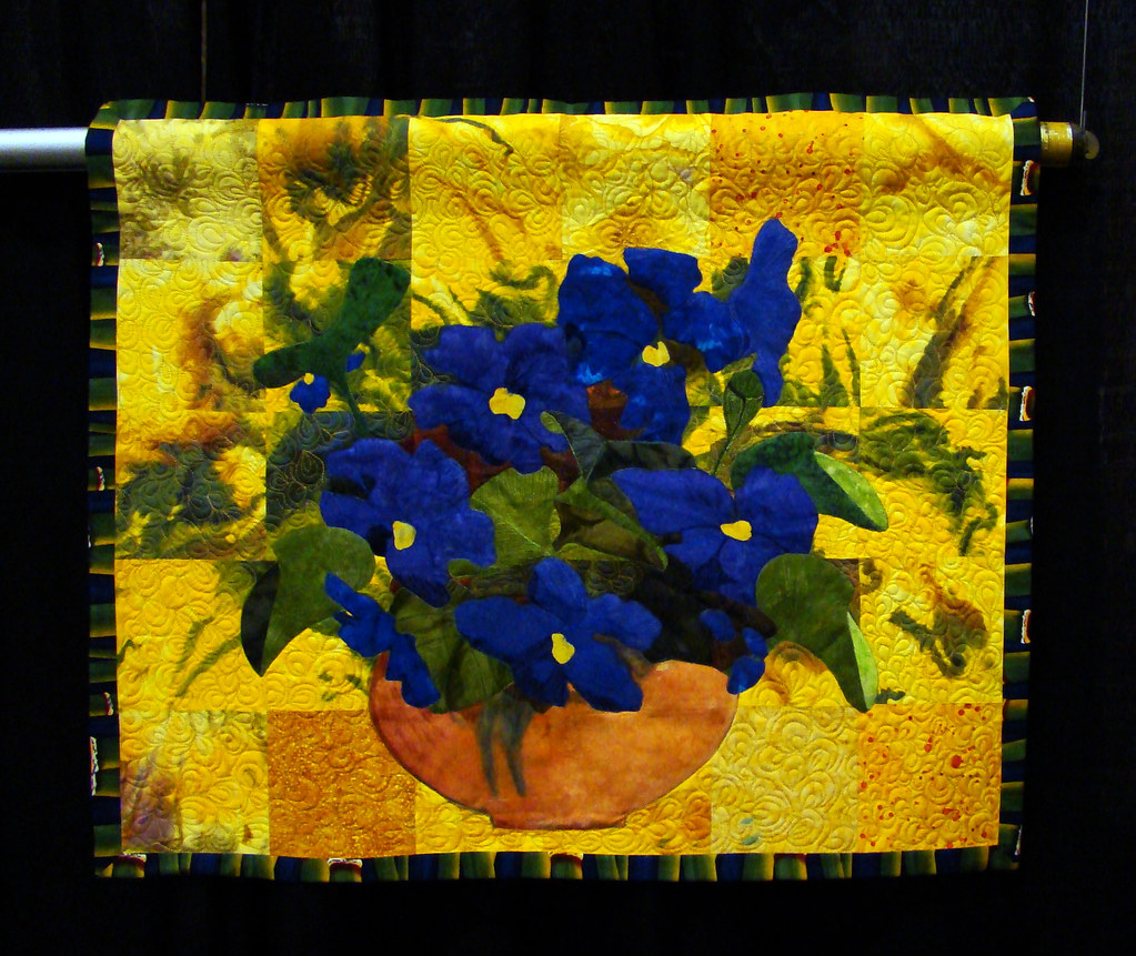 DSC02664 NorCal quilt Viola by Helen White cropped