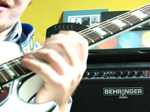 rock behringer vtone i gmx212