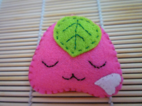 BR-03-Onigiri-Pink